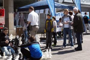 Schach auf der Straße